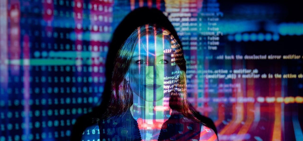 Neohumanos digitales: el presente indeterminado